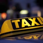 У Чернігові таксі потрапило у ДТП (Відеофакт) –  |